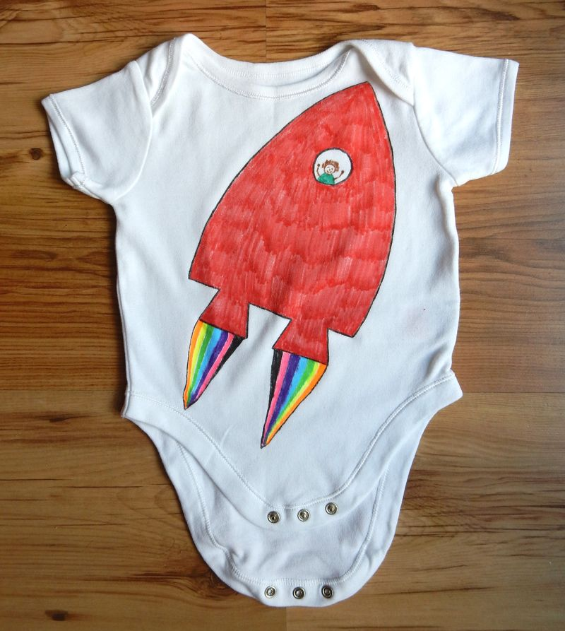 Lu decorated t-shirt rocket babygro