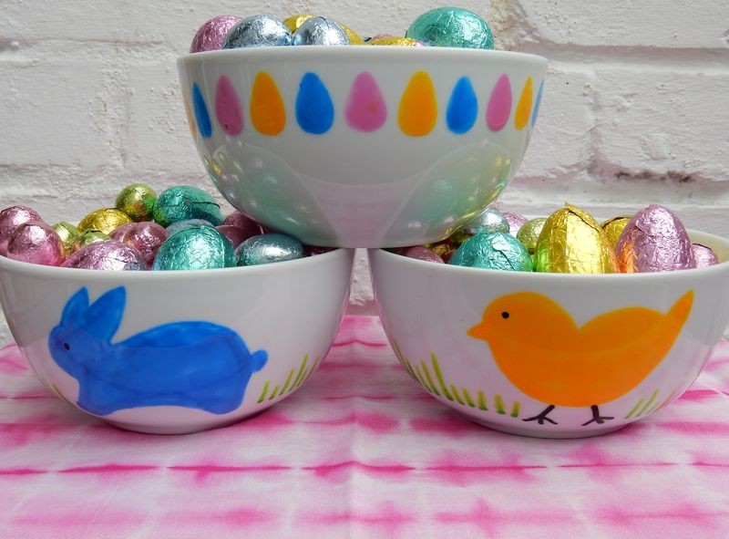 Lu Hoppy Spring painted bowls with eggs 2