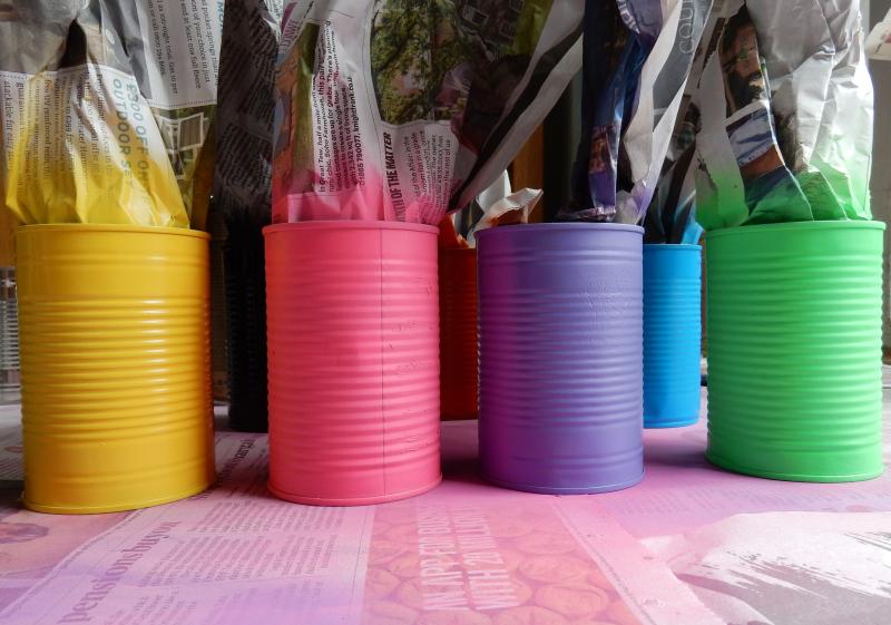 Tin Can Alley sprayed tins DSCN8923