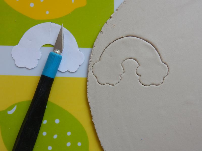 Lu rainbow brooch cutting round clay done DSCN9163