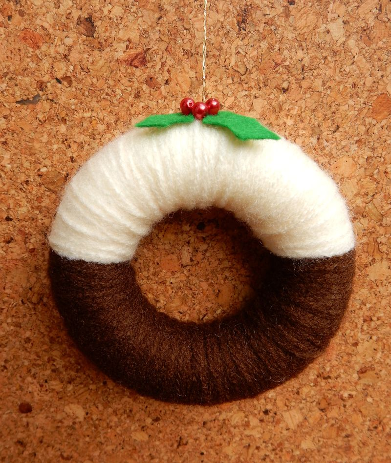Lu yarn wreath christmas pud dec 1