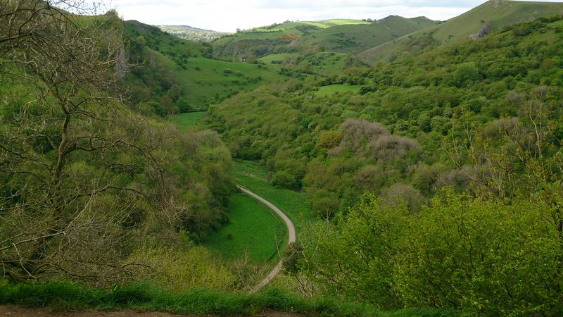 Lu view of peak district from Thor's cave