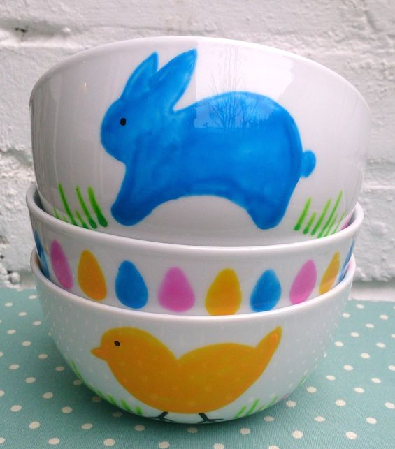 Lu Hoppy Spring painted bowls