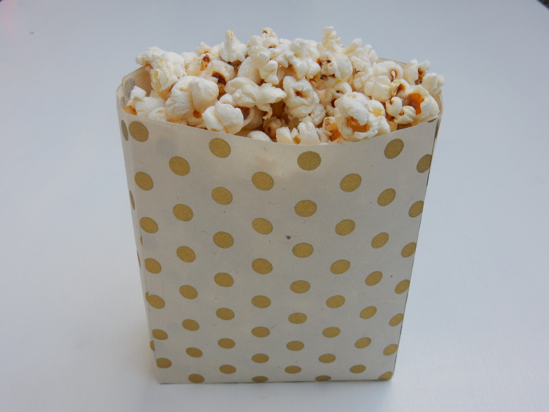 Lu paper party bag tutorial finished party bag full of popcorn