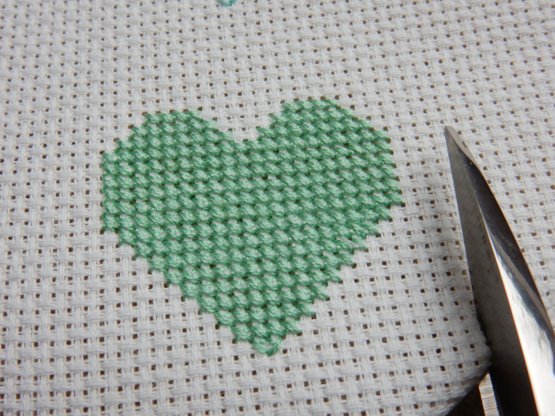Lu cross stitch hearts bunting cutting out hearts 1