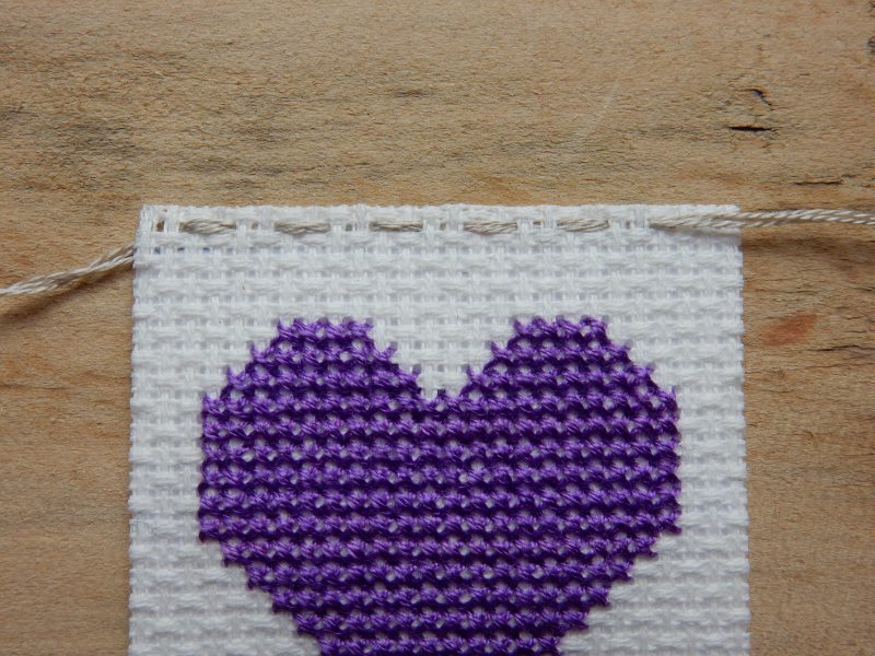 Lu cross stitch hearts bunting stitching along top