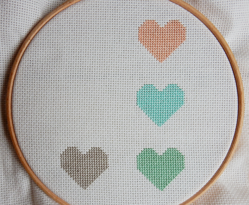 Lu cross stitch hearts bunting 4 hearts done