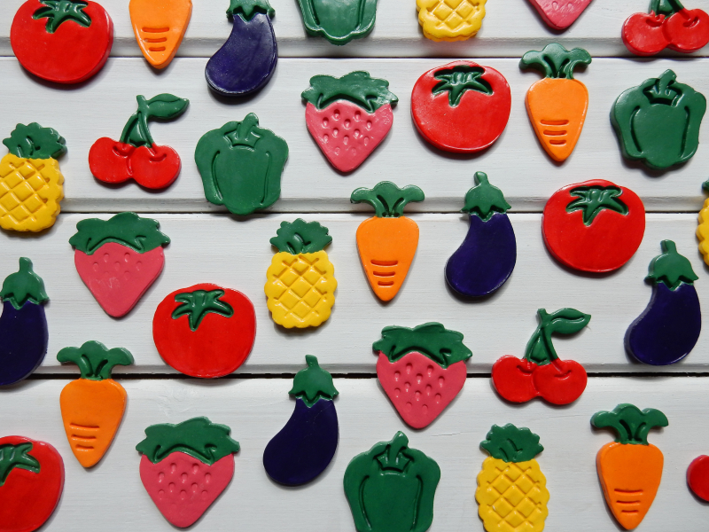 Lu fruit and veg magnets done close up