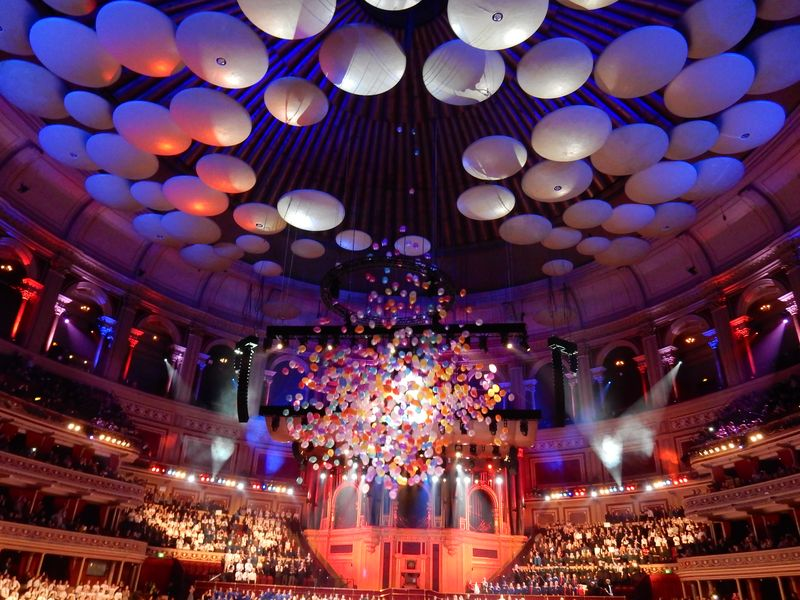 Lu Hoppy Spring Royal Albert Hall balloons