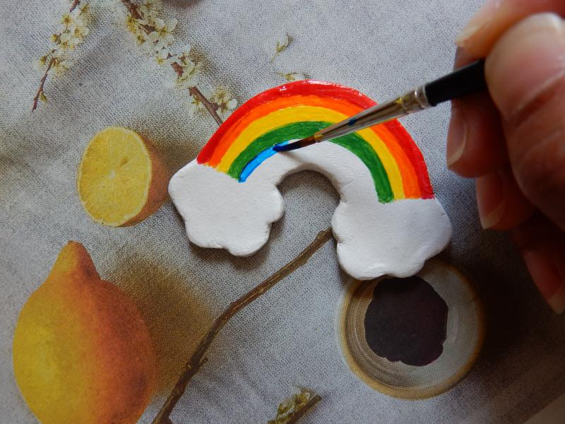 Lu rainbow brooch painting blue stripe DSCN9602